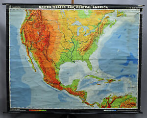 Traditional School Map United States Central America Roll Up Poster Print