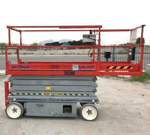 2008 Skyjack Sj3226 Electric Scissor Lift 26 Max Height Built In Charger