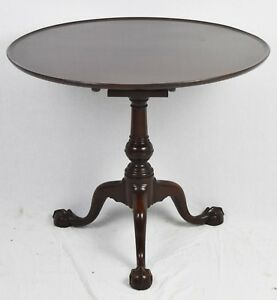 Kittinger Williamsburg Chippendale Mahogany Claw And Ball Tilt Top Table Cw 70