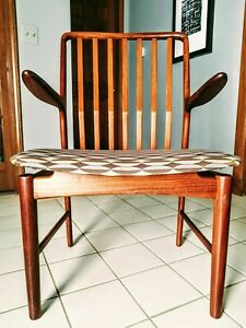 Vintage Mid Century Svend Madsen Danish Modern Rosewood Dining Chairs And Table
