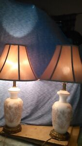 Mid Century Hollywood Regency Phoenix Lamp Company Satin Glass Gilded Nite Lite