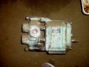 1 5 Inch Waukesha Stainless Steel Positive Displacement Pump Model 25 I
