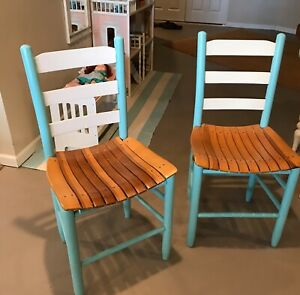 2 Rustic Painted Wooden Ladder Back Slat Dining Chairs Farm House Cottage Style