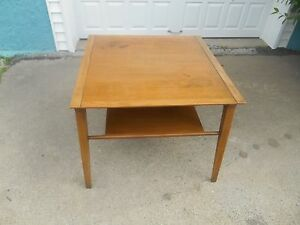 Mid Century Modern Drexel Profile End Lamp Table By John Van Koert