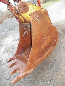 Cp 32 Excavator Bucket With Teeth