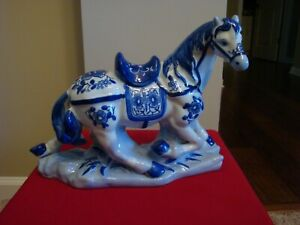 Vintage Hand Painted Blue White Porcelain Show Horse Must See