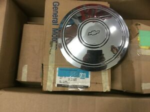 Nos Chevy Dog Dish Hubcaps