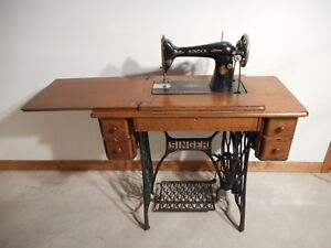 1929 Singer Sewing Machine Model No 66 Wood Cabinet Table Treadle Ac587500