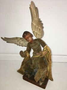 19th Century Hand Carved Wooden Italian Cr Che Figurine Of Annunciation Angel