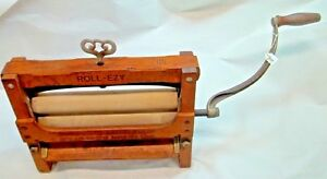 Early Roll Ezy No 215 Wood Cast Iron Washing Machine Wringer