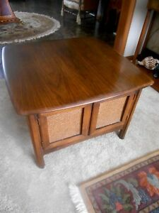 Vintage 1966 Mid Century Modern Large Nightstand Side End Table By Lane