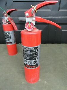 Fully Charged Ansul Sentry Dry Chemical Fire Extinguisher Sy 0216 2 1 2 Pounds