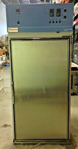 Thermo Scientific Forma Large Capacity Environmental Chamber model 3940