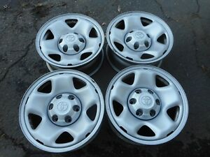 16 Toyota Tacoma Oem Steel Wheels Rims 00 15 69459