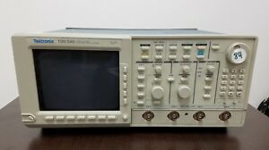 Tektronix Tds540 Four Channel Oscilloscope 500 Mhz 1gs s