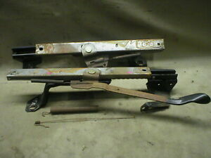 Mustang Manual Seat Tracks Lh Driver Front Floor Mount Rails 94 95 96 97 98 Oer