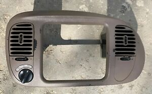98 03 Ford F150 Radio Climate Dash Bezel Vent Surround Brown Tan 4x4 46