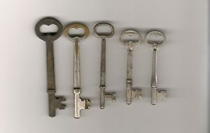 Lot Of 5 Vintage Antique Skeleton Keys