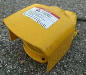 Momentary Action Foot Switch 2502 810