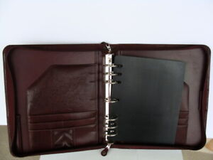 Monarch 1 5 Rings Burgundy Sim Leather Franklin Covey Planner binder Zip Handle