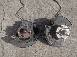 1996 2004 Ford Mustang Spindle W Hub Abs Knuckle Front 96 97 98 99 00 01 02