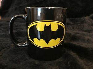 DC COMICS BATMAN COFFEE MUG