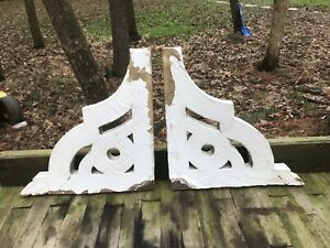 Pair Large Antique Architectural Salvage Farmhouse White Chippy Corbels