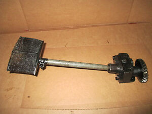 Allis Chalmers U Uc M Oil Pump