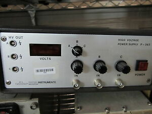 Physik Instrumente High Voltage 3 Channel Power Supply P 263 Micro Positioning