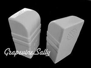 Vintage Stove Parts Set Of Vintage Deco White Ceramic Salt Pepper Shakers