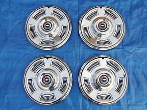 Nos Set Of 1967 Chevy Chevelle 14 Inch Hubcaps Wheelcovers