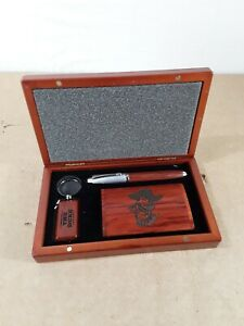 John Wayne Pen Set With Keychain And Business Card Holder