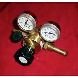 Linde Union Carbide Tsa 80 590 Compressed Gas Regulator W dual Gauges
