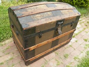 Antique Hump Back Steamer Trunk Dome Top Chest Storage Pirate Wood Slats