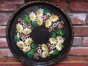 So Pretty Dasies Vintage Hand Painted Toleware Tole Tray Round Large 14 1 2
