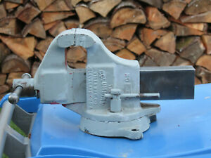 Vintage Columbian No 603 1 2 Bench Vise With Swivel Base 3 1 2 Jaws