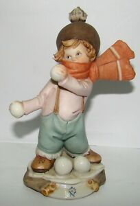 Vintage Capodimonte Italian Porcelain Ceramic Figurine Kid In The Snow