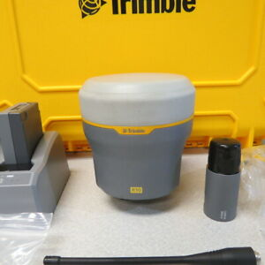 Trimble R10 Gnss Receiver Internal 410 470 Mhz Radio Pre owned