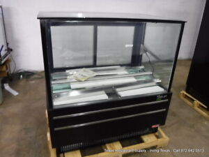 Turbo Air Tcgb 48uf b n Black 48 Flat Glass Refrigerated Bakery Display Case
