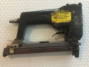 Duo Fast Awc 5018 Vintage Pneumaticair Stapler Grey 3 8 1 2 9 16 Tested Good