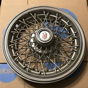 One 1981 To 1988 Chevy Monte Carlo Wire Spoke 14 Inch Hubcap Wheel Cover