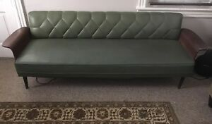 Vintage 1950 S Mid Century Modern Green Vinyl Sofa Couch Pick Up Allentown Area