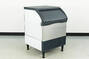 Scotsman Cu1526ma 1a Ice Maker With Bin Cube style 421304 Scratch
