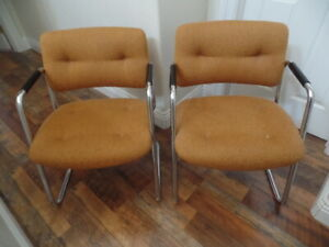 Set Of 2 Vintage Chrome Steelcase Cantilever Chairs Original Fabric