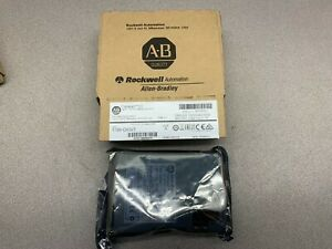 New In Box Allen Bradley Sinking Output 1769 ov32t