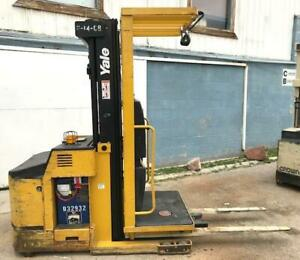 2008 Yale Electric Order Picker 3 Stage Mast Charger 24v