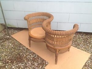 Very Scarce Antique Wicker Double Photographers Chair 1890s