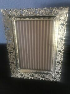 Vintage Antique Gold Gilt Metal Table Wall Picture Frame Easel 5x7 3