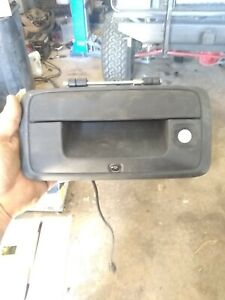 Chevy Colorado Rear Tail Gate Handle And Camera