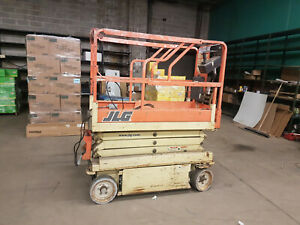 Jlg 1932 Scissor Lift Lift Capacity 500 Lbs 19 Height Platform Ex